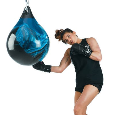 "21"" 190 lb. Aqua Punching Bag"
